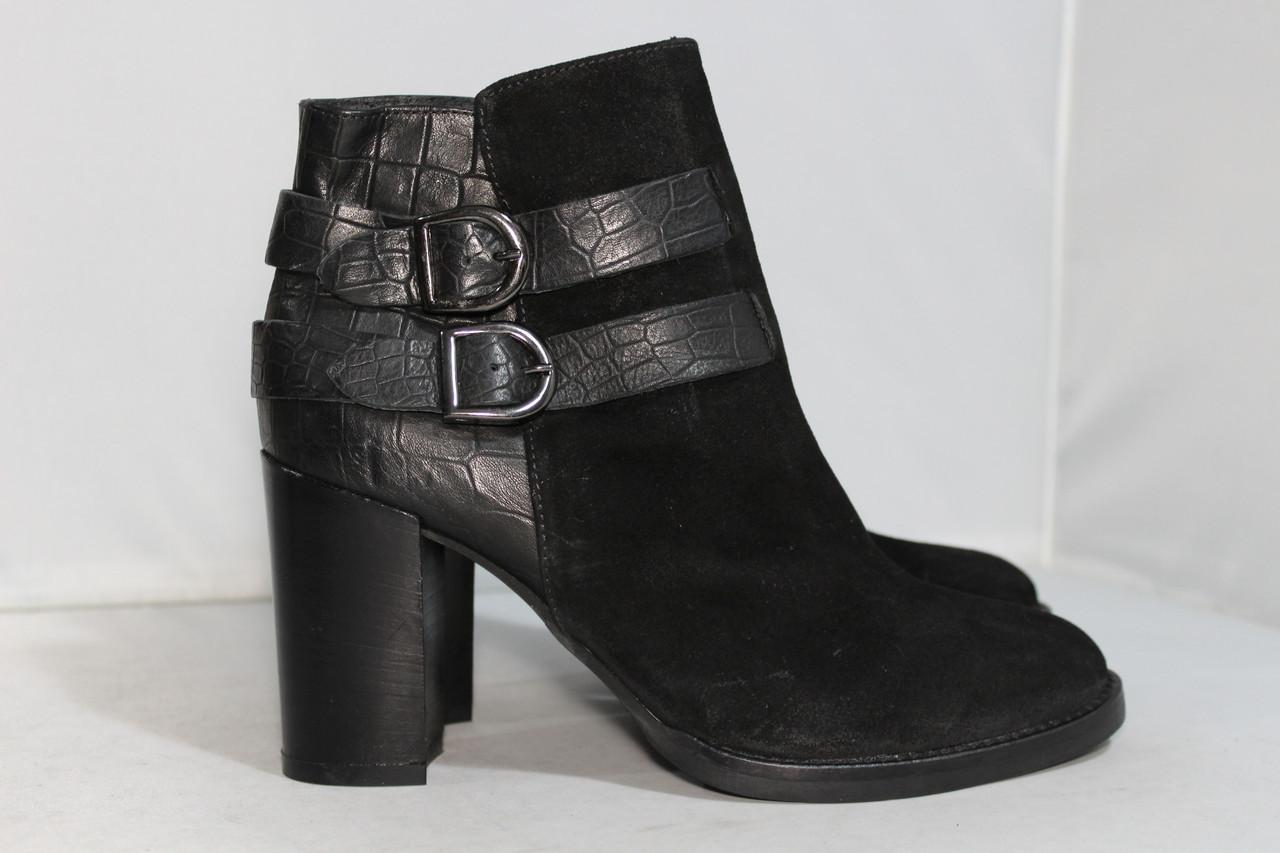 Женские замшевые ботинки Minelli