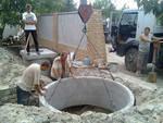 Как обустроить выгребную яму, если высокие грунтовые воды?
