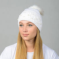 """Вязаная женская шапка """"Fibi"""" с меховым помпоном, фото 2"""