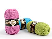 Пряжа для вязания полушерстяная с мериносом Madame Tricote Paris 100гр./400м.