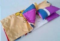 Постельный набор для кукол, 3 предм. (одеяло, подушка, простыня) 25*45см, в пак. 20*19см