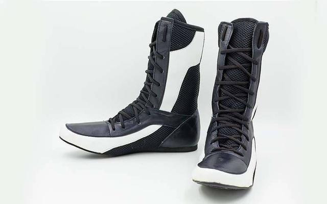 Спортивне взуття. Товары и услуги компании
