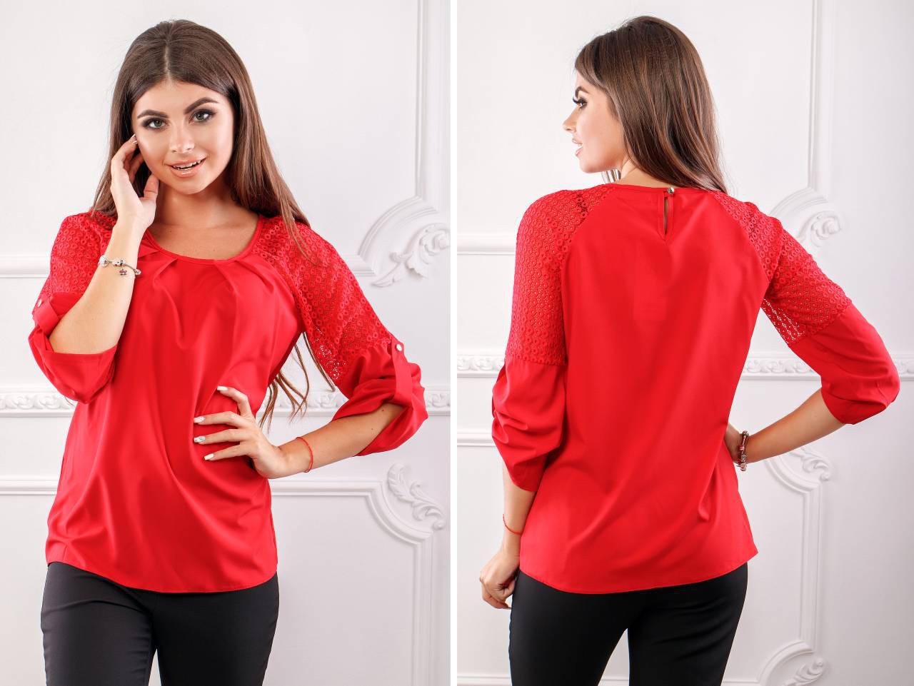 Блуза женская с кружевными вставками, бенгалин,  модель 117, цвет - красный