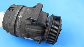 Компрессор кондиционера Opel Vivaro1.9 2.0 2.5 Dci Cdti  8200979497 2001-2014гг .