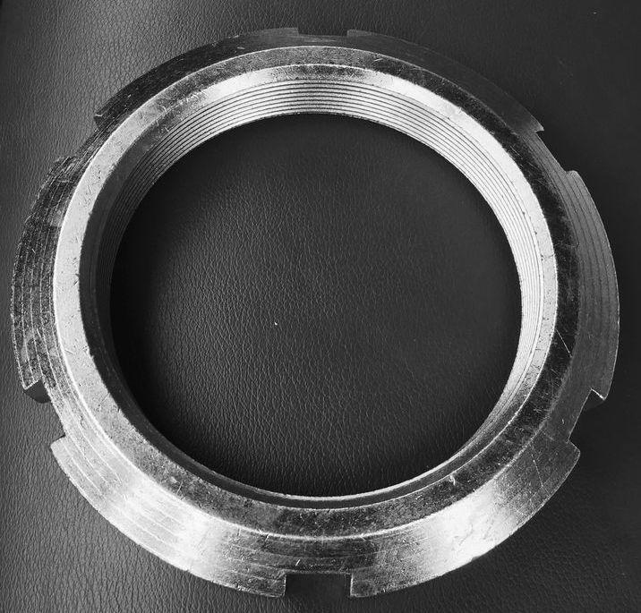 Гайка М10 круглая шлицевая ГОСТ 11871-88