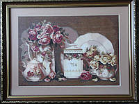 Картина «Чайный натюрморт» вышитая крестом ручной работы 49х37 см