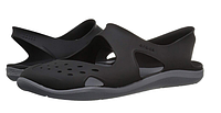Женские летние шлепанцы Crocs Swiftwater Wave Women Shoe in Black, фото 1