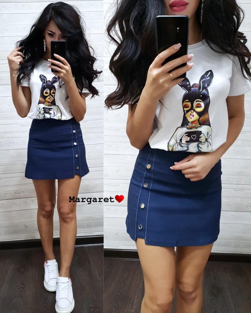 Костюм юбка мини джинс и футболка с принтом