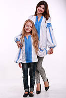 """Комплект вышиванок для мамы и дочки """"Думка"""" (белый + синяя вставка), фото 1"""