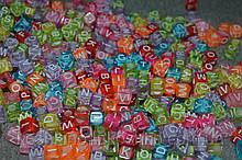 Бусина кубик английский алфавит.