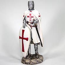 Декоративная статуэтка Рыцарь с мечом и щитом