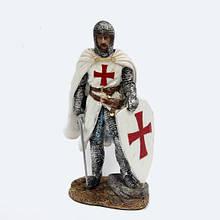 Сувенирная фигурка Рыцарь с мечом и щитом