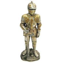 Статуэтка для декора Рыцарь с мечом