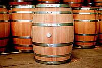 Деревянные винные бочки