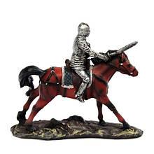 Фигурка интерьерная Рыцарь с мечом на лошади
