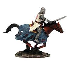 Интерьерная фигурка Рыцарь с мечом на лошади