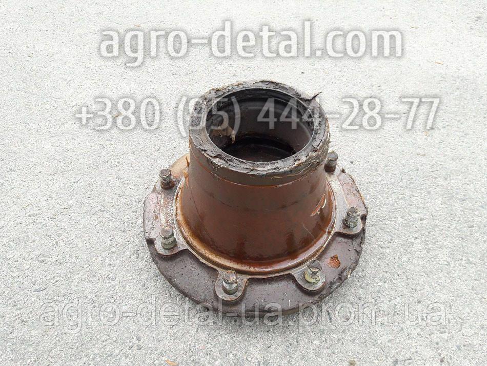 Ступица переднего колеса 133-3103015 колесного автомобиля ЗИЛ-133 ГЯ