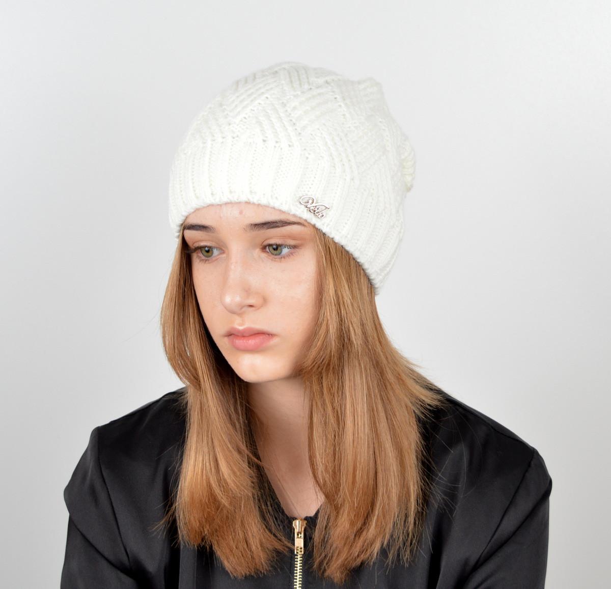 "Вязаная женская шапка ""Nora"""
