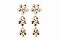 30193 Серьги-висюльки-цветочки из 100 меди, покрытой золотом 24 карата.