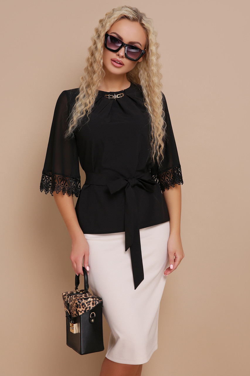 Шикарна блуза з софту, шифону на рукавах та кружева