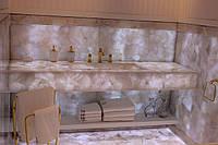 Облицовка кварцевым камнем ванной комнаты
