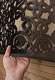 Красивый темно коричневый тонкий рельефный ковер из натуральной вискозы на кремовом фоне, фото 4
