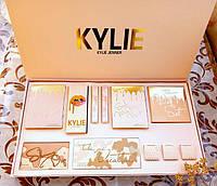 Набор косметики в стиле KYLIE Jenner (тени, хайлайтеры, пигменты, матовые помады)
