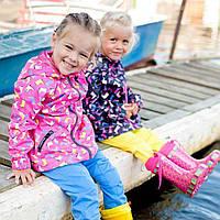 Чем отличается демисезонная детская куртка от зимней: 5 основных параметров, которые выделил 7 км