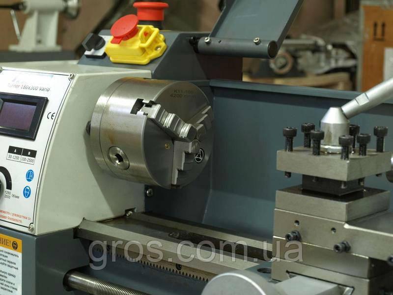 Токарно-винторезный универсальный станок BDF-250