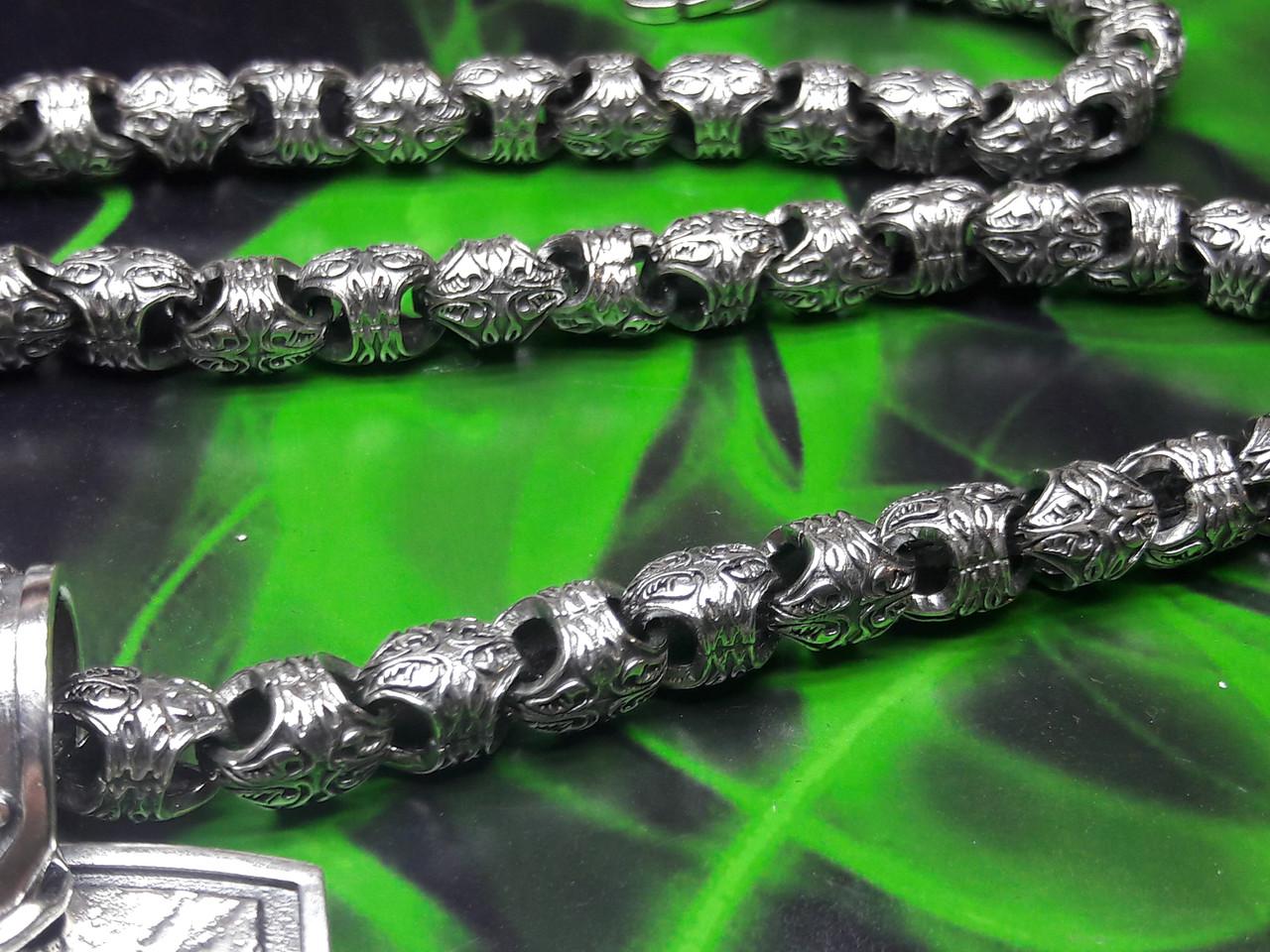 Серебряная цепочка с узором