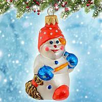 """Новогоднее украшение """"Снеговик с метлой"""" (высота 9 см.)"""