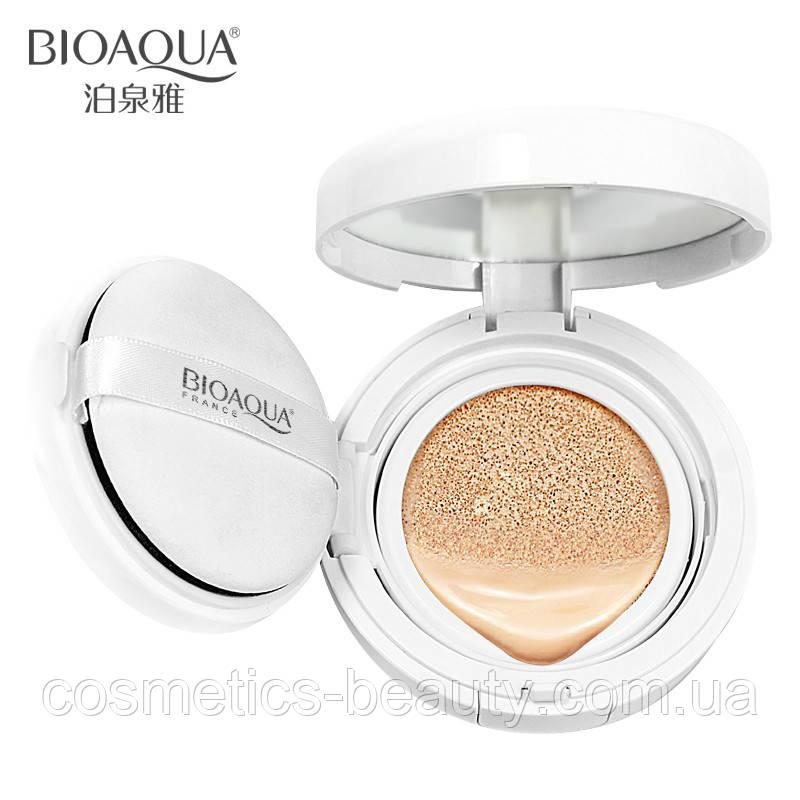 База под макияж в кушоне BIOAQUA Isolation Cream.