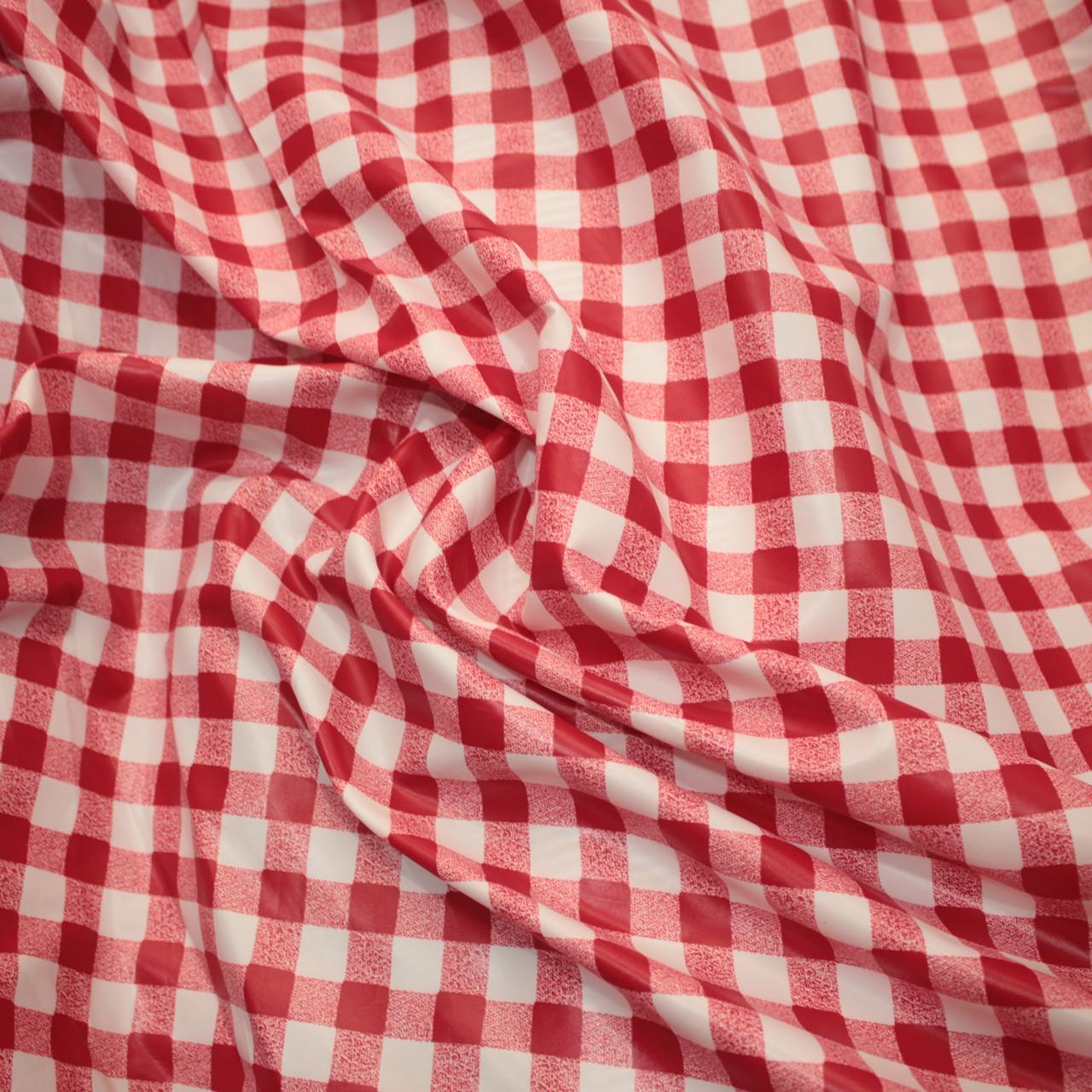 Плащевая ткань лаке принт клетка красная