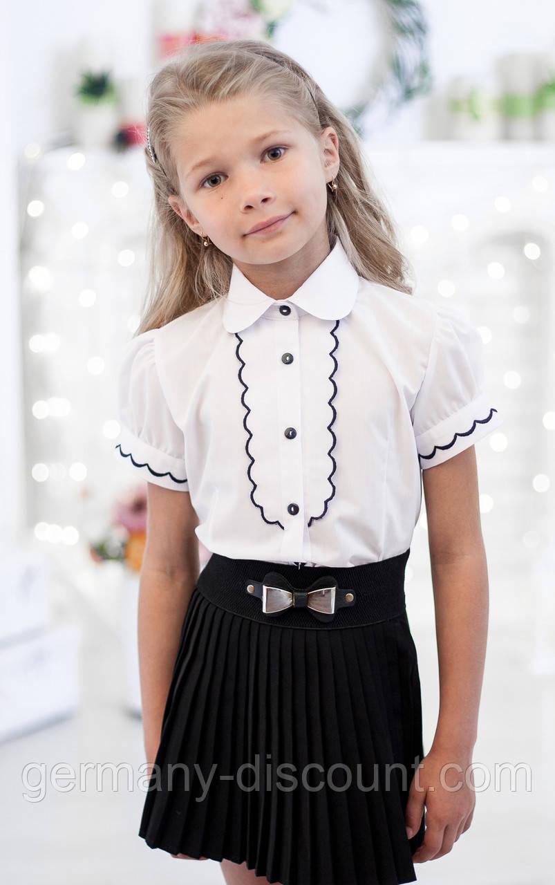 Блузка школьная с рельефным декором