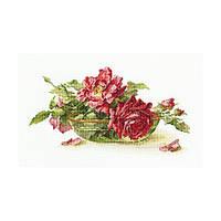 Набор для вышивки крестом RTO M525 «Розы в пиале»