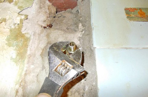 Установка водонагревателя - подготовка креплений