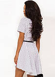 Летнее белое платье в горошек на запах Д-1447, фото 2