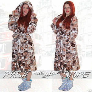 Теплый махровый халат с цветочным принтом