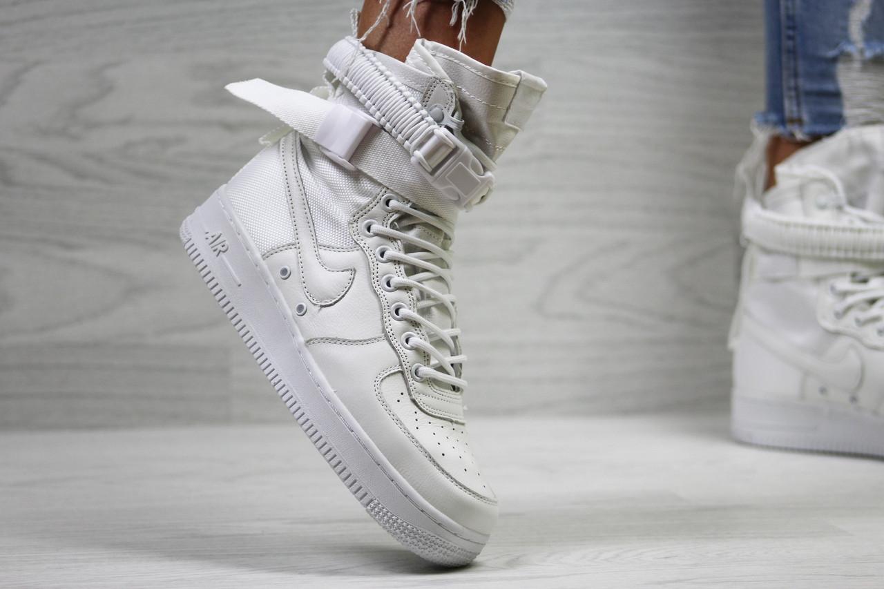 Кроссовки женские Nike Air Force af 1  модные стильные топовые на низком ходу на шнурках (белые), ТОП-реплика