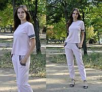 Женский костюм с пайетками