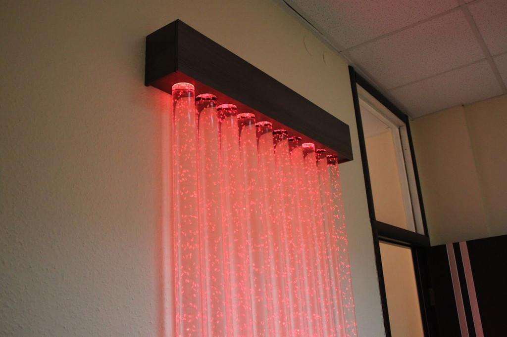 Пузырьковая колоннада в офисе 4