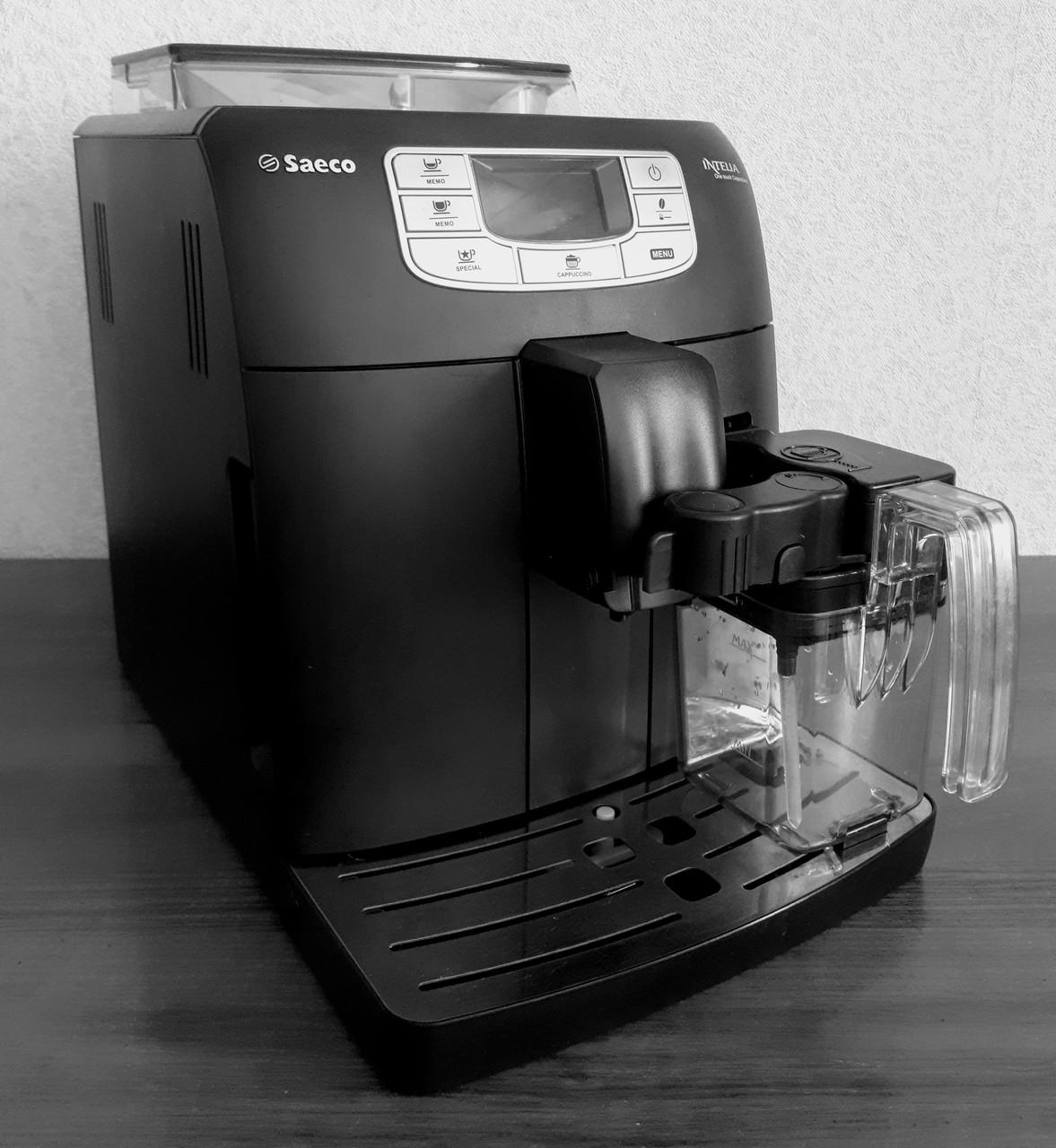 Кофемашина Saeco Intelia One Touch Cappuccino HD 8753/19