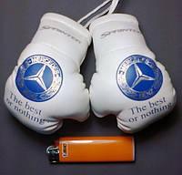 Боксерские перчатки в машину на стекло сувенир брелок 18