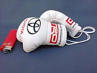 Сувенирные Мини боксерские перчатки в автомобиль Toyota TRD