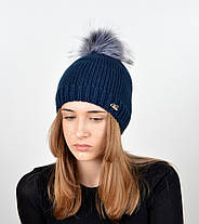 """Вязаная женская шапка """"Linda"""" с меховым помпоном, фото 3"""