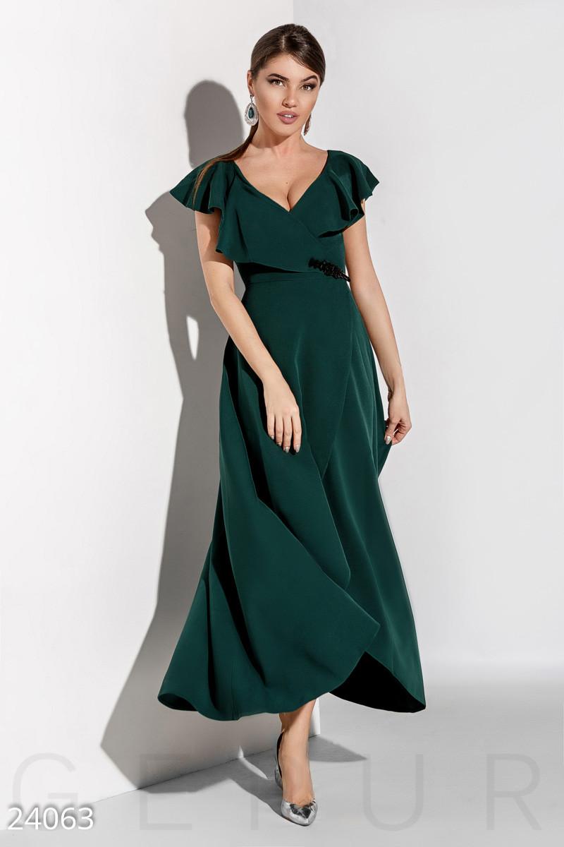 d2d6dcbbf23 Романтическое платье в пол с воланами и глубоким вырезом темно зеленое