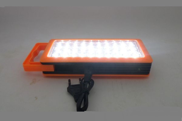 Светильник аварийный аккумуляторный 30 LED.Полноценное освещение до 30 м.кв.