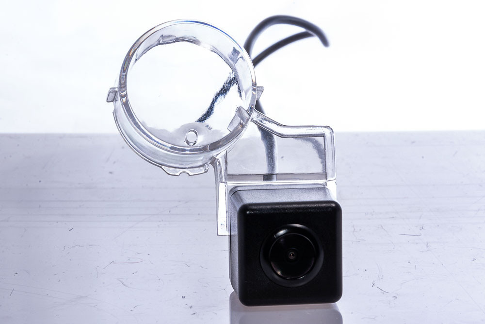 Штатная видеокамера Fighter CS-HCCD+FM-43 (Suzuki)