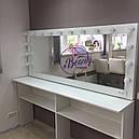 Широкий гримерный стол с навесным зеркалом, большое зеркало с лампами, фото 2