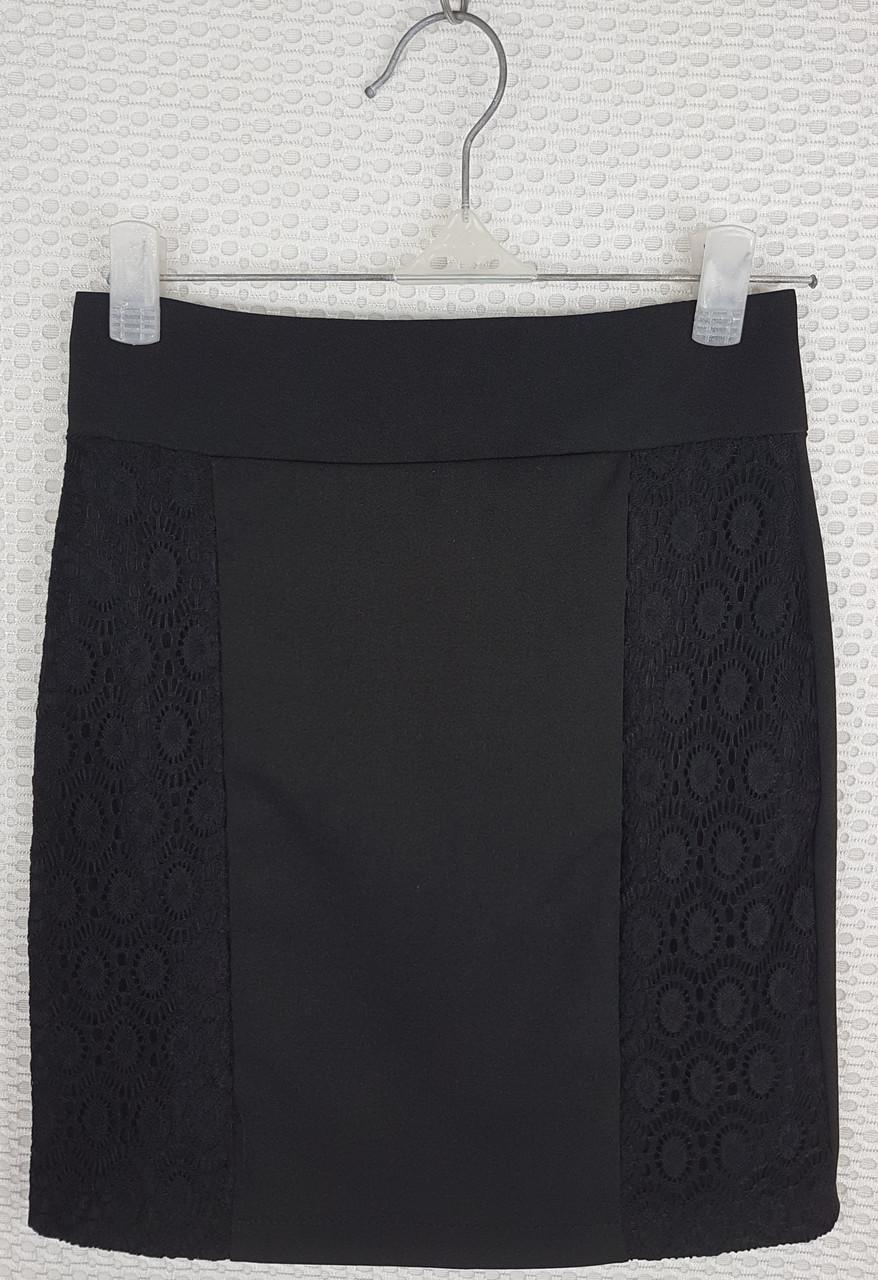 Школьная юбка карандаш  с гипюром черная р 140-164